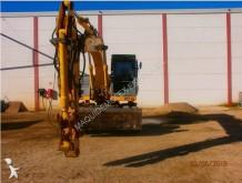 excavadora de ruedas New Holland usada