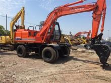 excavadora de ruedas Hitachi usada