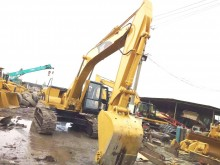 excavator pe roti Caterpillar second-hand