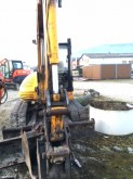 escavatore cingolato JCB usato