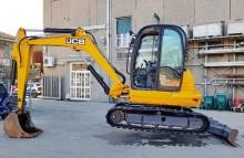 escavatore JCB usato