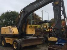 escavadora de grifa manutenção Volvo