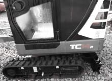 escavadora sobre pneus Terex usada