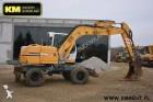 escavatore gommato Liebherr usato