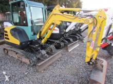 mini-escavadora Yanmar usada
