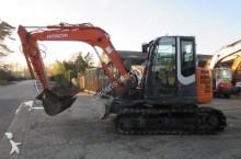 mini-escavadora Hitachi usada
