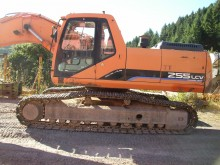 escavadora sobre rastos Daewoo