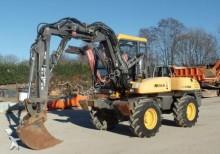 escavatore per movimentazione usato