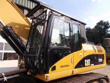 Caterpillar 320 Cabin protection - - 322 - 324 - 325 - 330