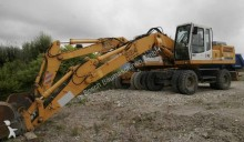Liebherr LIEBHERRA924 Excavator on wheels / Radbagger