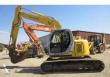 excavator pe şenile New Holland second-hand