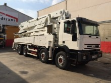 used Iveco concrete pump truck