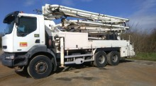 used Renault concrete pump truck