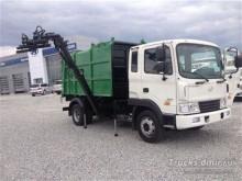 camión volquete para residuos domésticos Hyundai usado