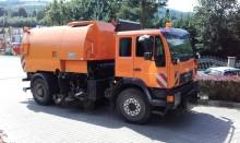 camión barredora MAN usado
