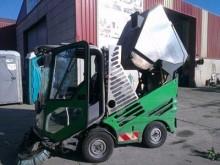 camión barredora Tennant usado
