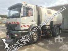 used Mercedes road sweeper