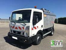 new Nissan waste collection truck