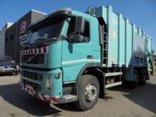 camion benne à ordures ménagères Volvo occasion