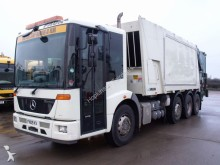 Mercedes Variopress Refuse Truck