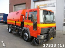 Volvo FL6 Johnston 550 serie