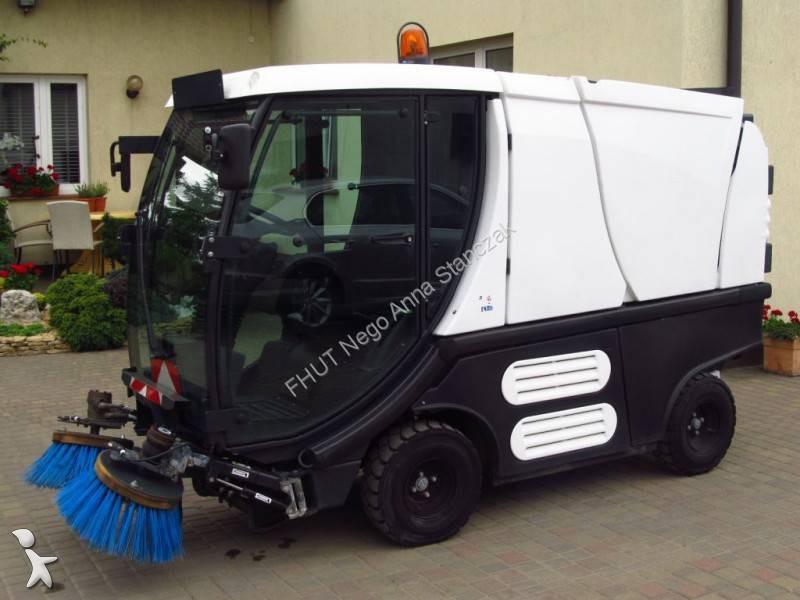 photos engin de voirie schmidt camion balayeuse schmidt. Black Bedroom Furniture Sets. Home Design Ideas