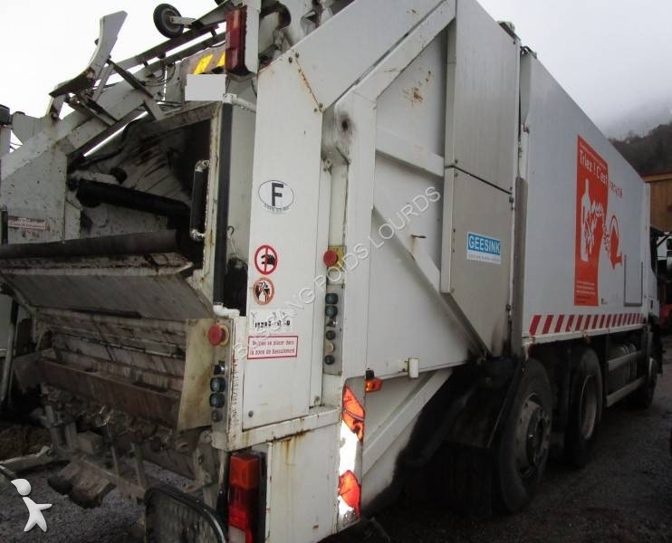 Camion benne ordures m nag res occasion iveco eurotech for Location benne a ordure