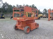 plataforma automotriz articulado telescópico JLG