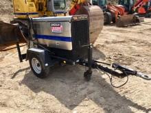 matériel de chantier Lincoln Groupe de soudure autonome sur remorque