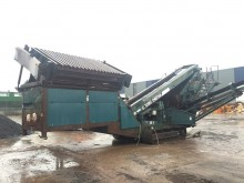 Powerscreen Chieftain 1400 with Live Head construction