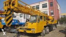 Tadano self-erecting crane