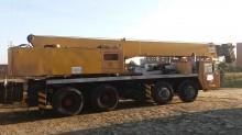 Coles mobile crane