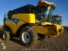 used New Holland Maize header