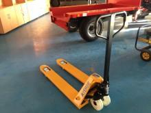 transpalet cu platforma pentru operator Ayerbe nou