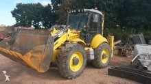 tractopelle rigide New Holland