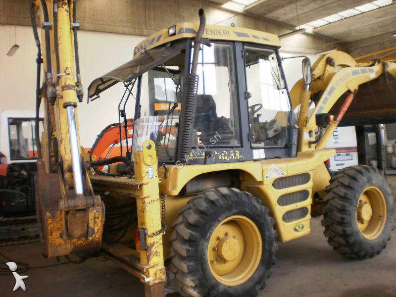 La casa di fronte terne usate venieri backhoes for sale for Camion hospitality usati