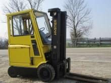 Hyster E2.50XM reach truck