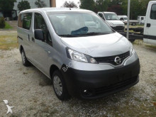 minibus Nissan nuovo