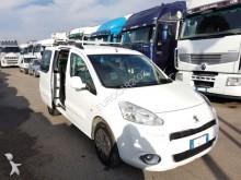 Peugeot PARTNER DIESEL 1.6 HDI 5 POSTI AUTOCARRO