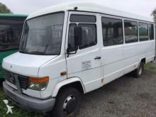 minibus Mercedes używany