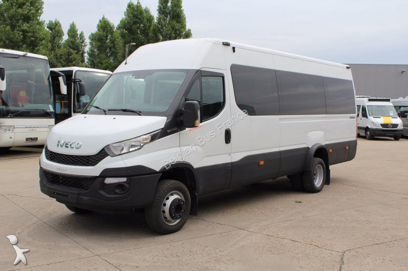 minibus iveco daily new euro 6 occasion n 1831591. Black Bedroom Furniture Sets. Home Design Ideas