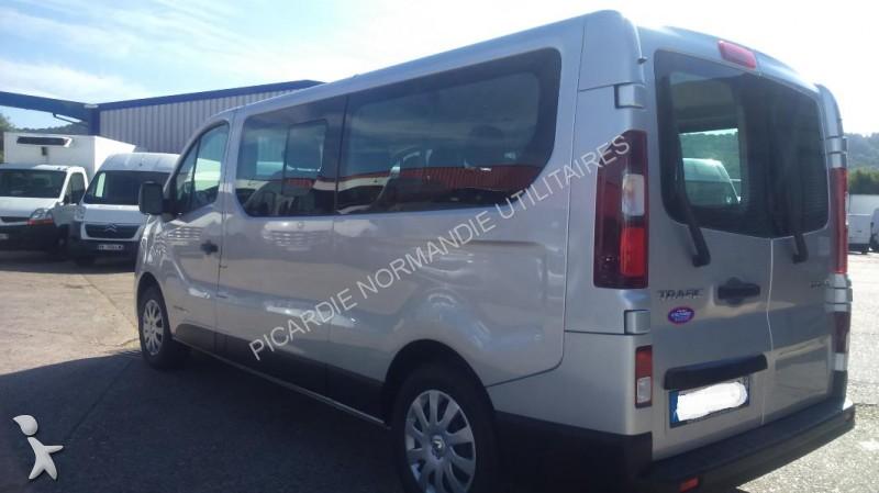 minibus renault trafic combi l2h1 1 6 dci 120 zen 9 places. Black Bedroom Furniture Sets. Home Design Ideas