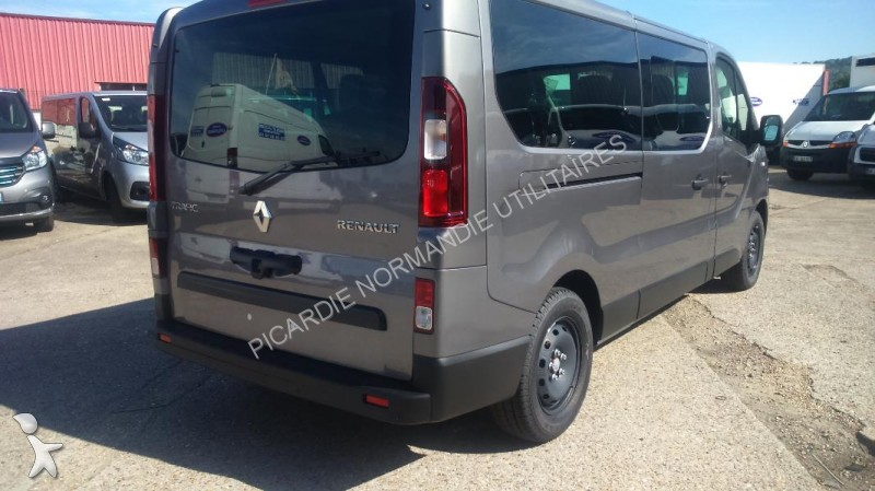 minibus renault trafic combi l2h1 1 6 dci 120 intens 9 places gazoil neuf n 1356612. Black Bedroom Furniture Sets. Home Design Ideas
