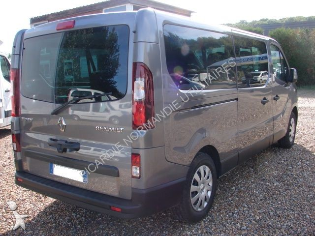 renault trafic l2h1 dci minibus 9 places. Black Bedroom Furniture Sets. Home Design Ideas