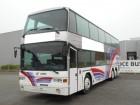 autocarro de turismo Scania usado