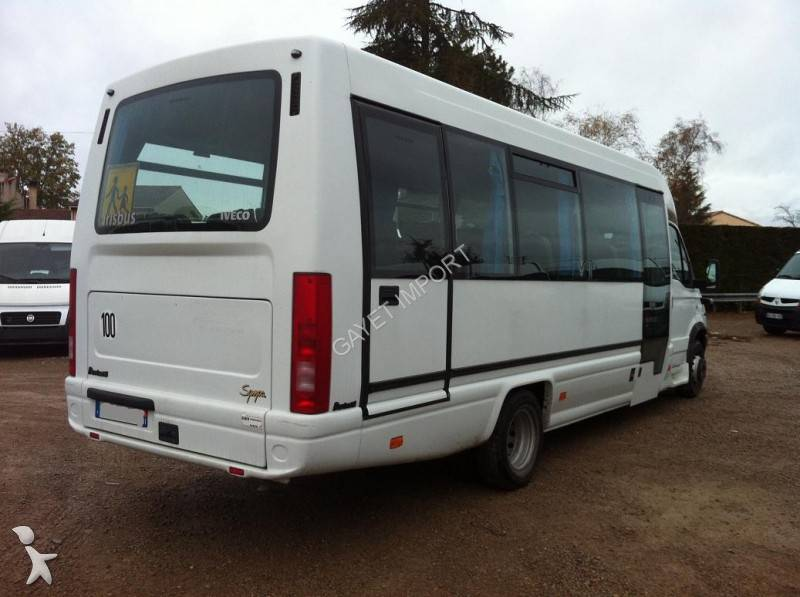 photos autocar iveco transport scolaire iveco daily 65c17 scolaire 28 places occasion 674962. Black Bedroom Furniture Sets. Home Design Ideas