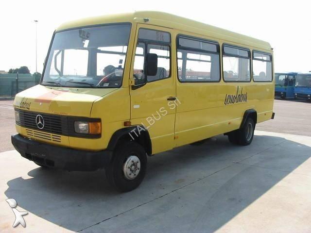 photos autocar mercedes transport scolaire mercedes mb 609 d occasion 824873. Black Bedroom Furniture Sets. Home Design Ideas