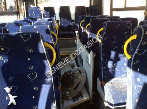 damaged bmc alyos school bus tkc 250 diesel euro 5 n 1183946. Black Bedroom Furniture Sets. Home Design Ideas