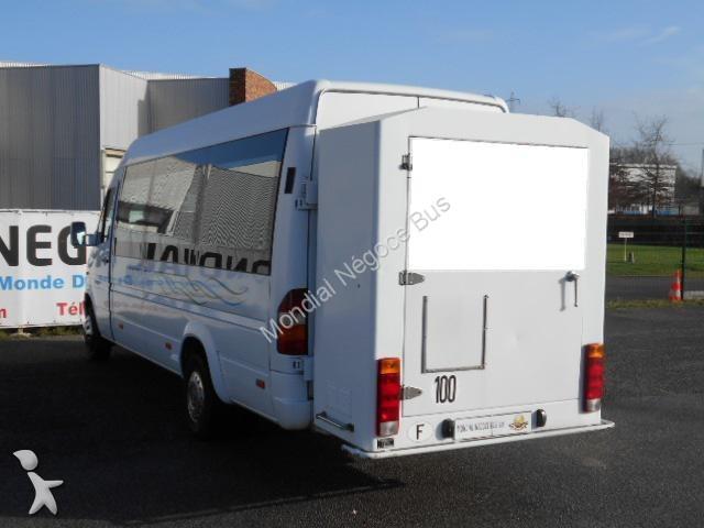 photos autocar mercedes transport scolaire mercedes 412 d occasion 1530366. Black Bedroom Furniture Sets. Home Design Ideas