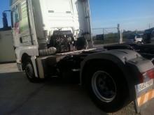 cabeza tractora MAN 18.413 Low Deck